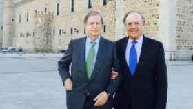Fernando y Carlos Falcó junto al Alcázar de Toledo. Foto: Instagram de Esther Doña