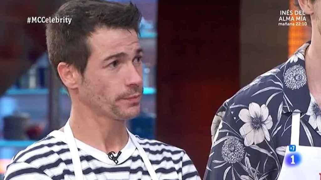 Juanjo Ballesta, muy serio, durante su discusión con Jordi Cruz.