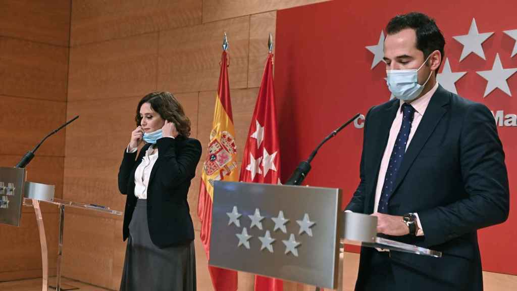 La presidenta de la Comunidad de Madrid, Isabel Díaz Ayuso y su vicepresidente Ignacio Aguado.