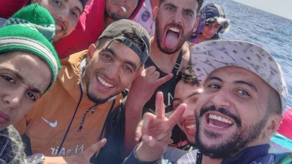 Hamza Tarik, instagramer marroquí, narra su viaje en patera hasta Lanzarote.