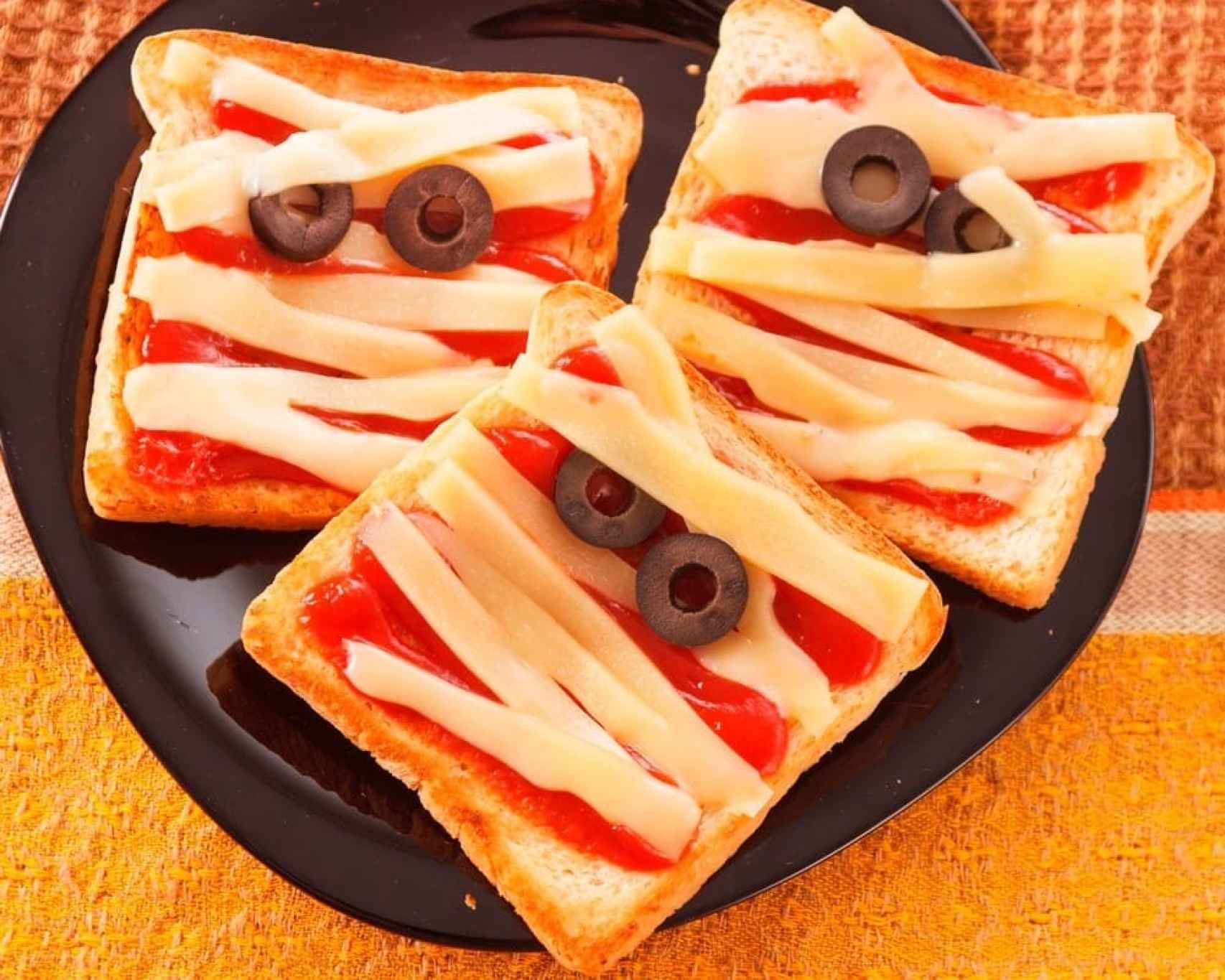Sándwiches con forma de momia