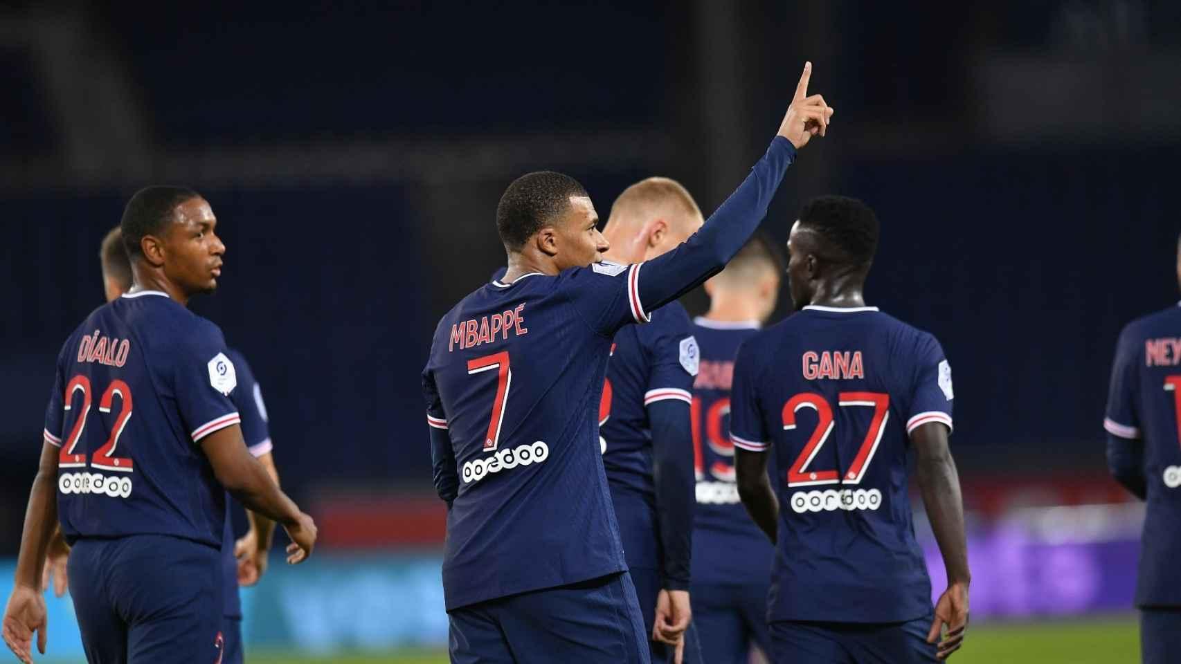 Mbappé dedica un gol con el PSG