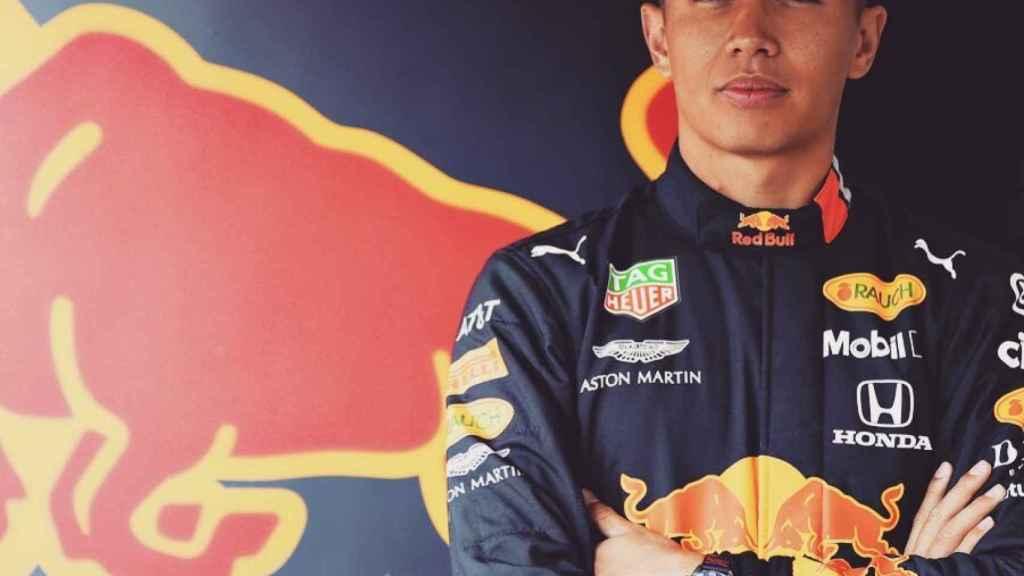 Red Bull condena a Albon y abre la puerta a 'Checo' Pérez y Hulkenberg