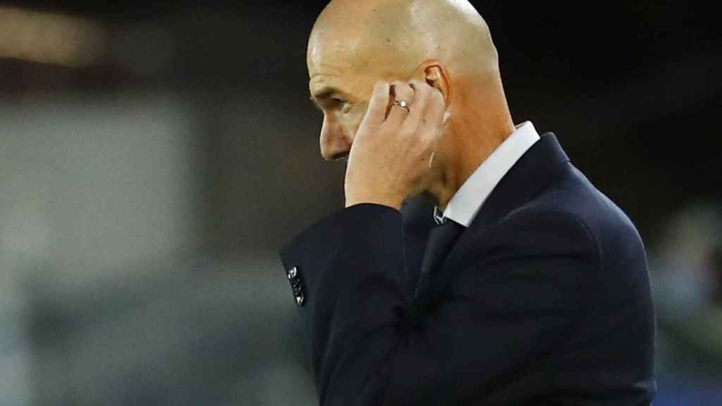 Zinedine Zidane, durante el Real Madrid - Shakhtar Donetsk