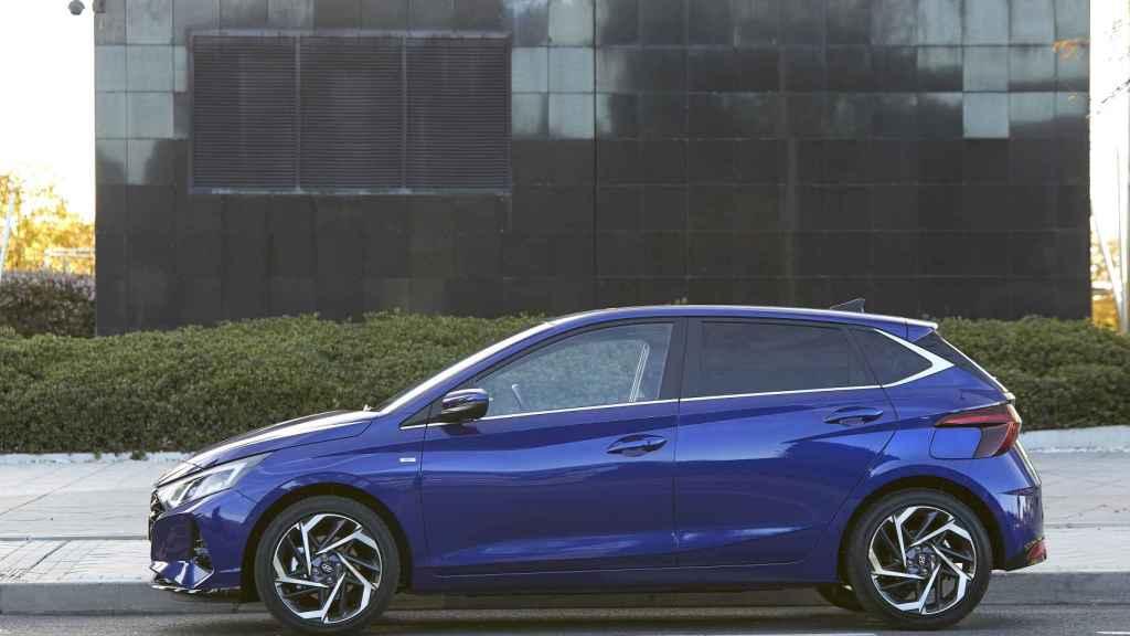 Este nuevo Hyundai i20 puede incorporar un sistema de hibridación ligera.