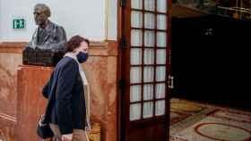 Magdalena Valerio, presidenta del Pacto de Toledo, entranda en el Pleno del Congreso.