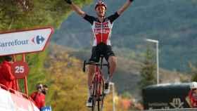 Tim Wellens celebra su triunfo en la etapa 5 de La Vuelta