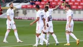 Los jugadores del Real Madrid celebran el gol de Fede Valverde en El Clásico