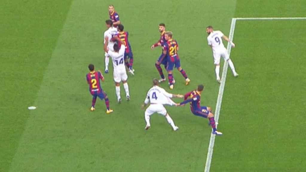 Penalti a Sergio Ramos