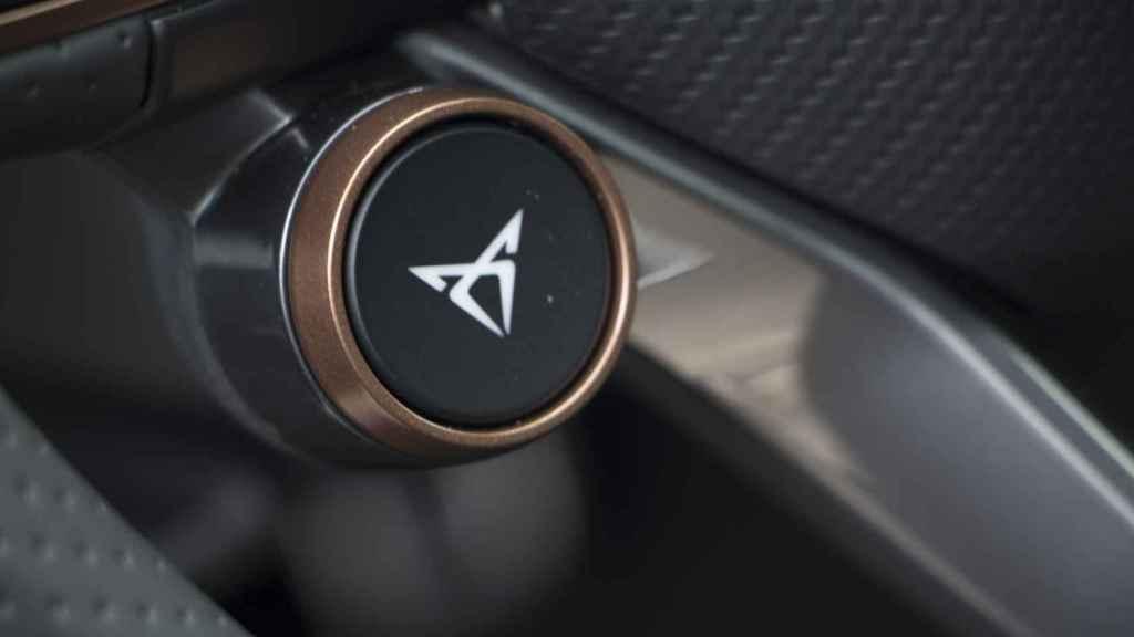 Este botón cambia el comportamiento del coche.