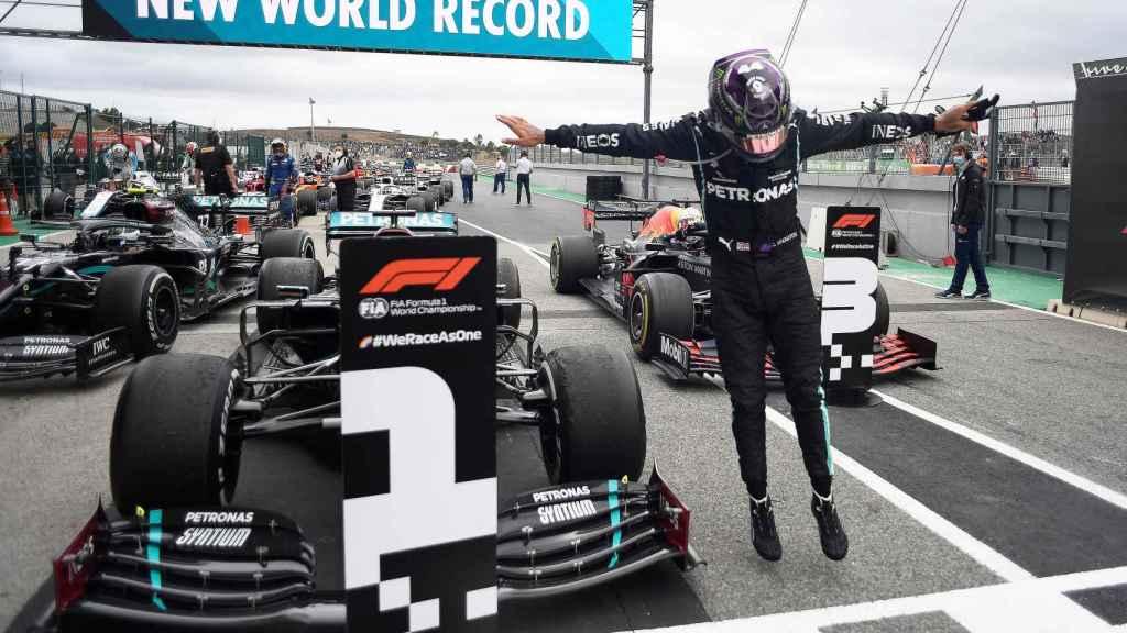 Lewis Hamilton ocupa la primera plaza en el Gran Premio de Portugal de Fórmula 1 de 2020