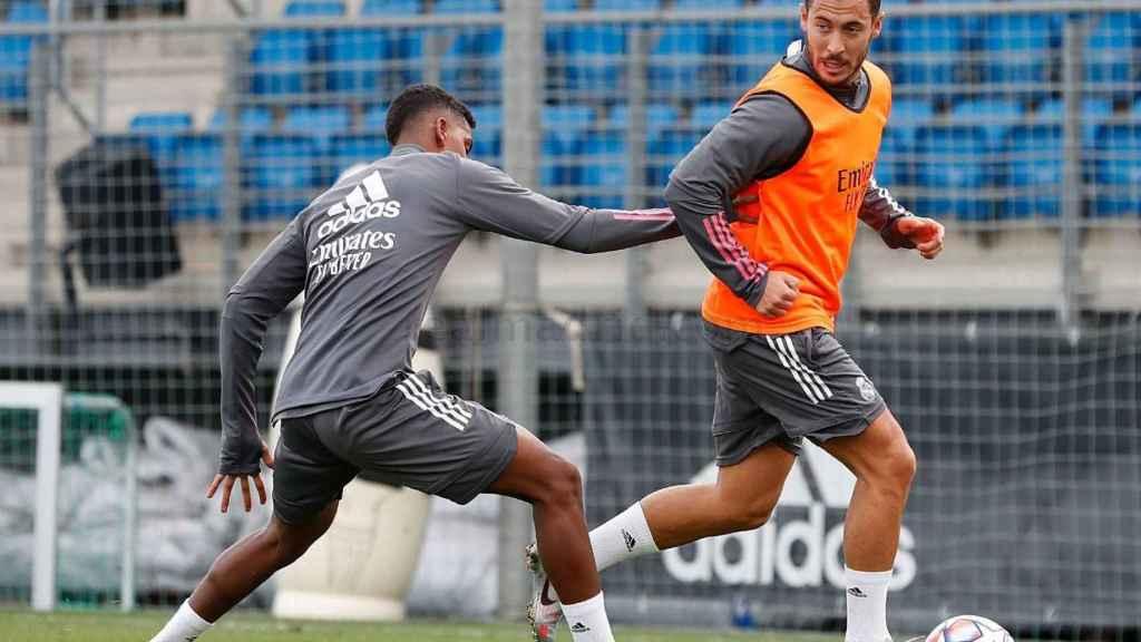 Eden Hazard, durante el entrenamiento de este domingo del Real Madrid