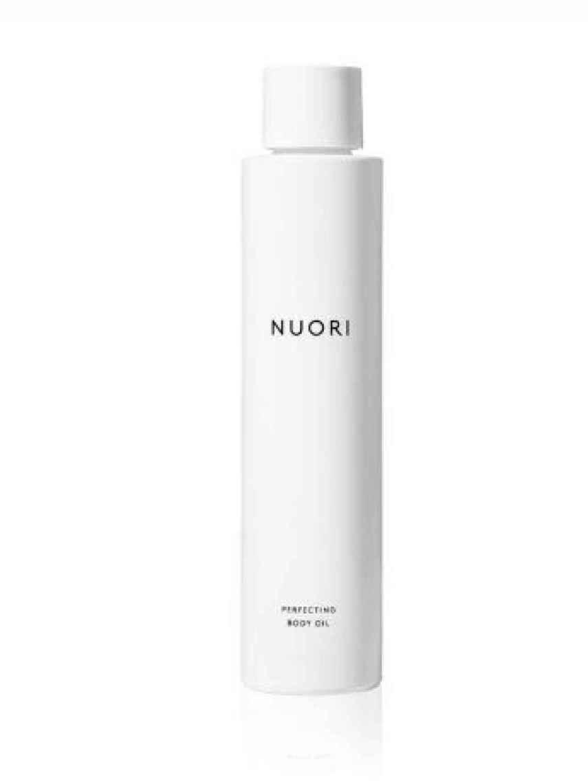 Perfecting Body Oil para iluminar y nutrir intensamente la piel.