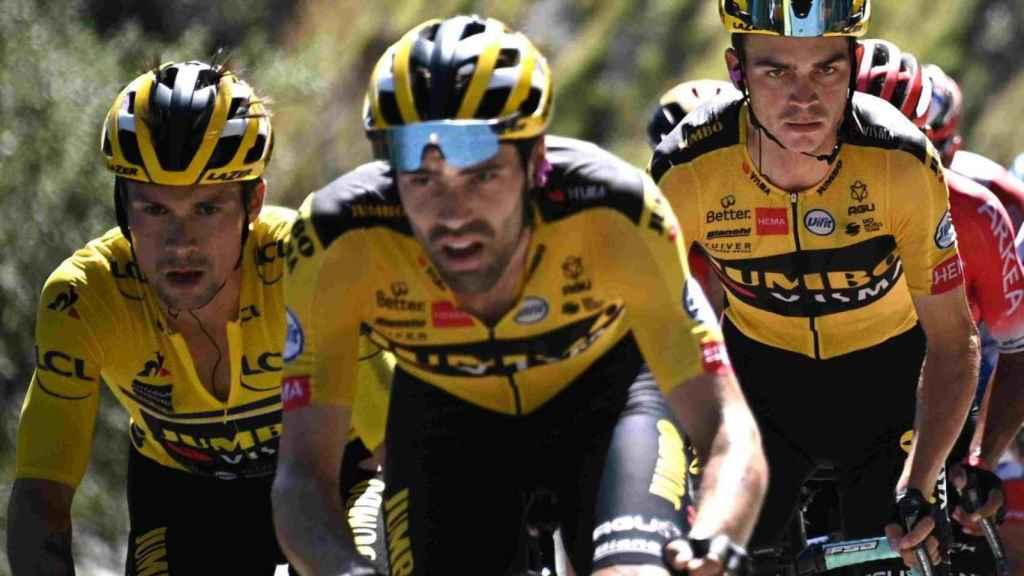 Roglic, Dumoulin y Sepp Kuss en el Tour de Francia 2020