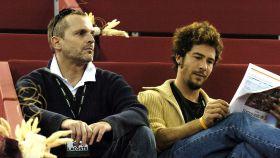Miguel Bosé y Nacho Palau en una imagen tomada en 2004.