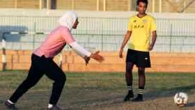 Faiza Heidar, durante un entrenamiento de su equipo en Egipto