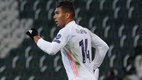 Casemiro celebra su gol en el Borussia Mönchengladbach - Real Madrid de la Champions League