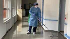 Limpieza hospitalaria, la primera barrera de contención contra la Covid-19