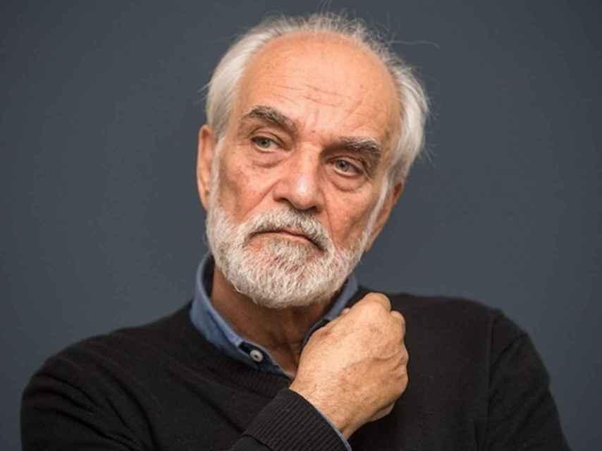 El artista iraní, Aydin Aghdashloo.