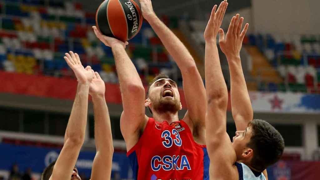 Imagen del partido entre el CSKA y el Valencia Basket
