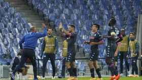 Los jugadores del Nápoles celebrando un gol