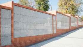 Tumbas sin nombre en un columbario del cementerio de la Almudena de Madrid.