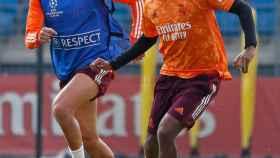Lucas Vázquez y Rodrygo Goes, durante el último entrenamiento