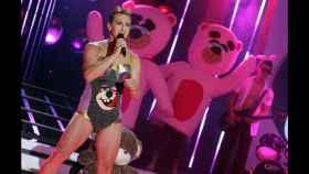 Antonio Pavón como Miley Cirus en 'TCMS'