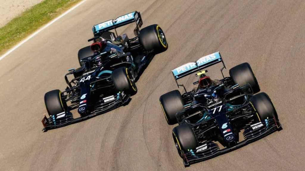 Bottas y Hamilton en Imola