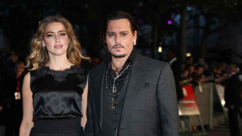 Johnny Depp y Amber Heard en Londres.