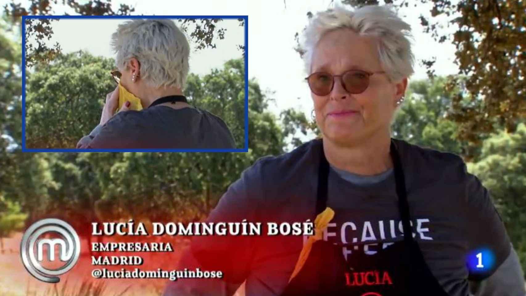 Lucía Dominguín, rota de dolor acordándose de su madre, Lucía Bosé, en dos momentos de la noche.
