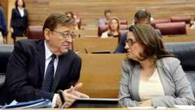 Ximo Puig y Mónica Oltra, en 'Les Corts Valencianes'.