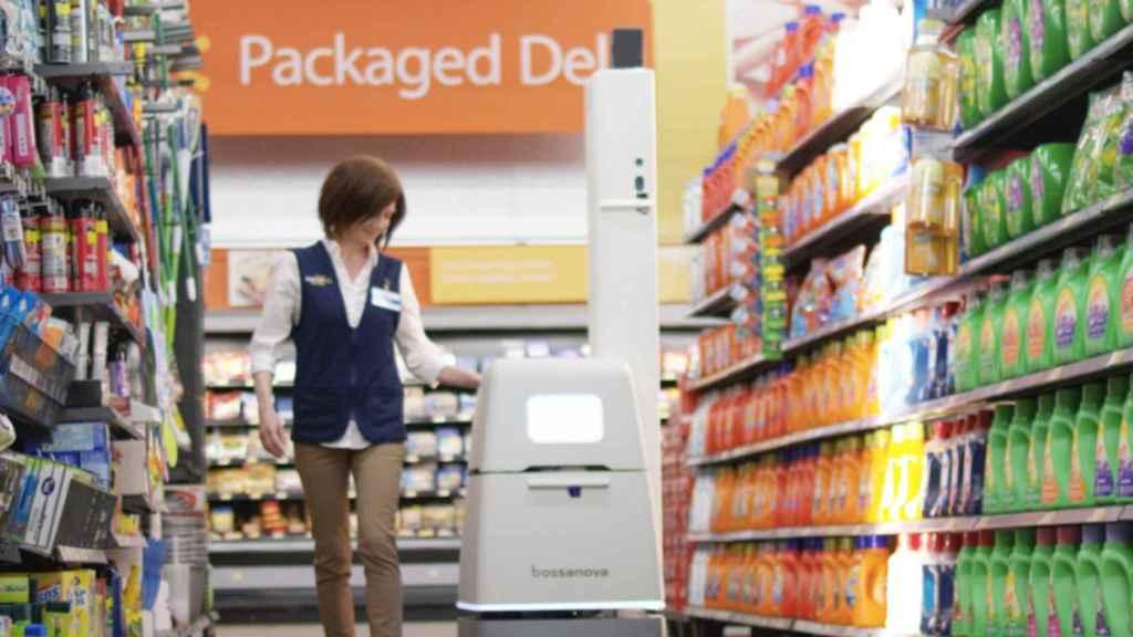 Robot de Walmart en una de sus tiendas.