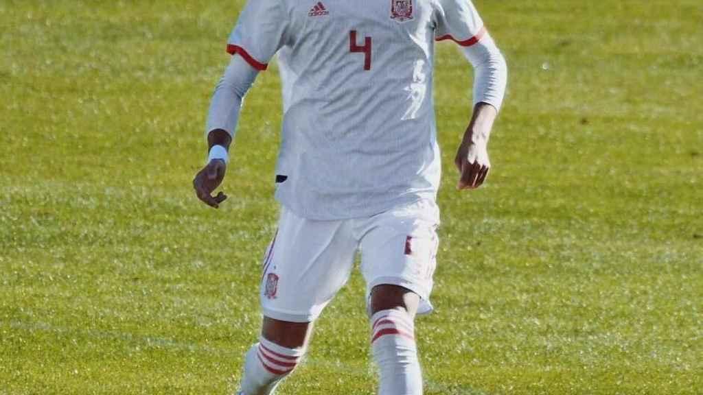 Rafa Marín, en un partido con la selección española sub17