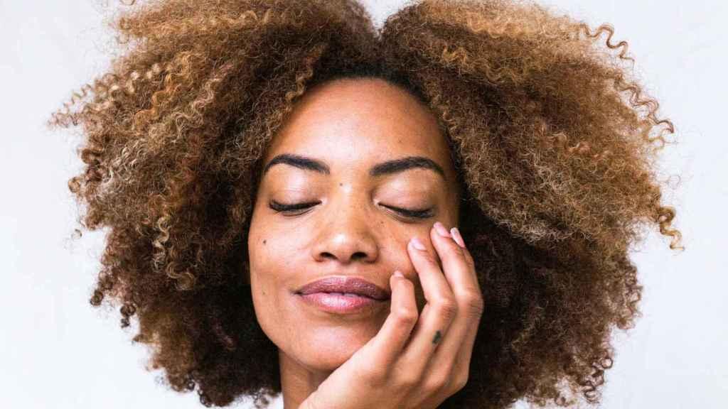 La limpieza facial debe ser el paso que nunca puede faltar en tu rutina de la piel.