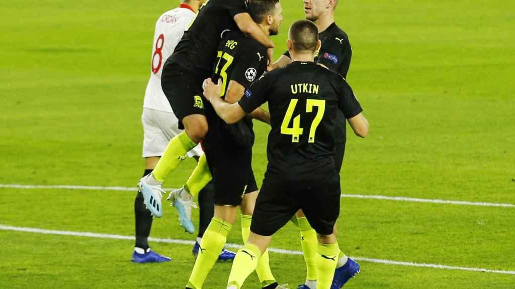 El Krasnodar celebra su gol ante el Sevilla