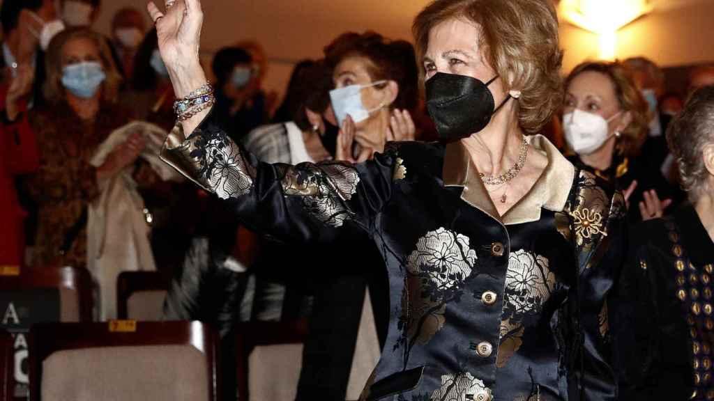 La reina Sofía recibió una ovación por parte del público.