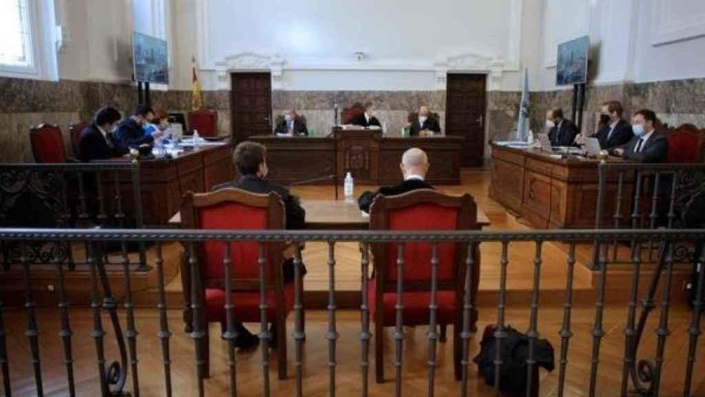 La justicia gallega ordena a Alcoa que no pare las cubas de la planta de aluminio