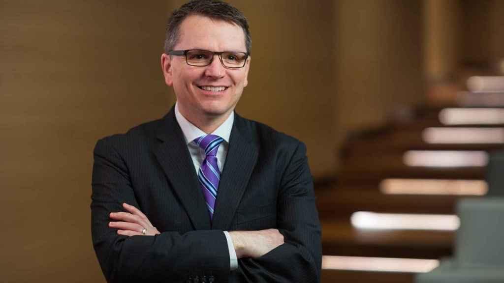 Paul LaCoursiere, Analista Financiero Acreditado (CFA), como responsable mundial de Inversiones ESG
