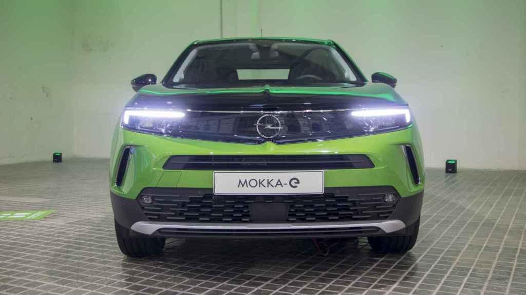 El nuevo Opel Mokka entra a competir en el segmento de los SUV urbanos.