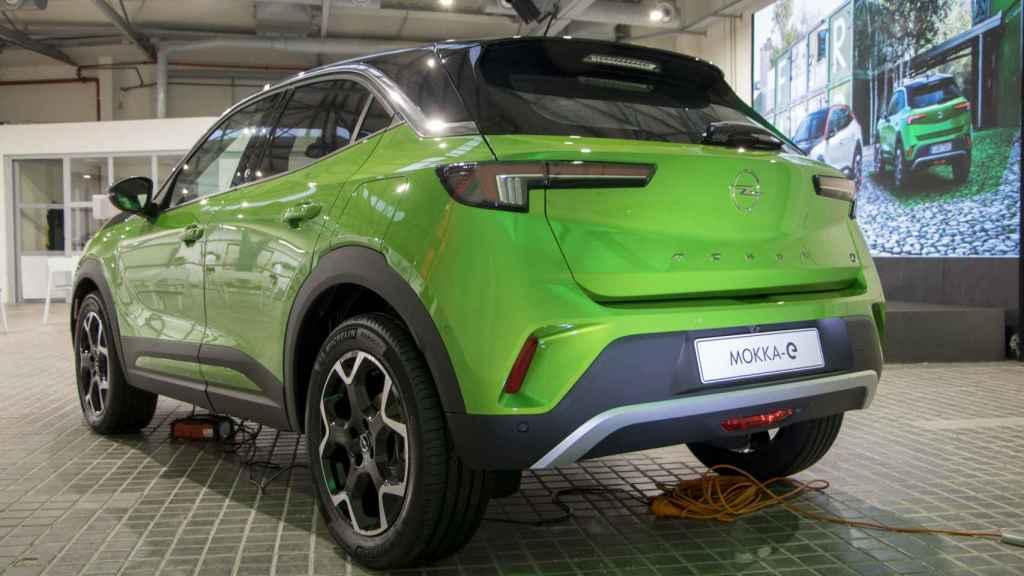 Este nuevo Opel Mokka está a la venta con motor de gasolina, diésel y eléctrico.