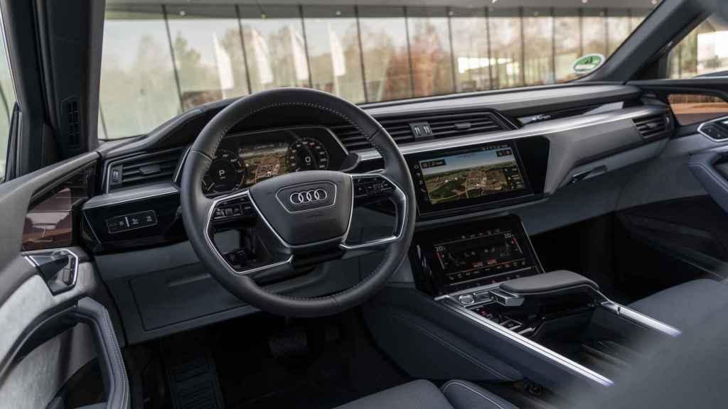 Interior del Audi e-tron Sportback.