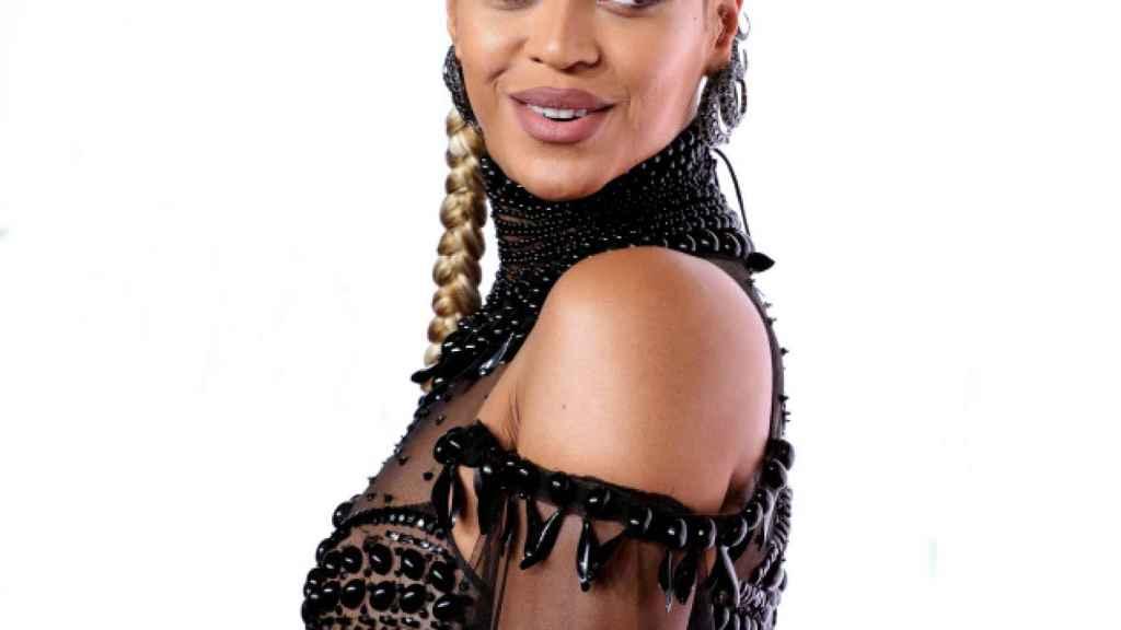 Beyoncé, durante un concierto para promover el apoyo a Hilary Clinton en 2016.