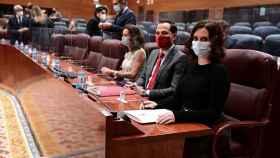 La presidenta de Madrid, Isabel Díaz Ayuso, junto con el vicepresidente, Ignacio Aguado y la consejera María Eugenia Carballedo.