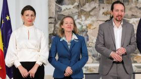 Yolanda Díaz, ministra de Trabajo; Nadia Calviño, vicepresidenta económica; y Pablo Iglesias, vicepresidente social.