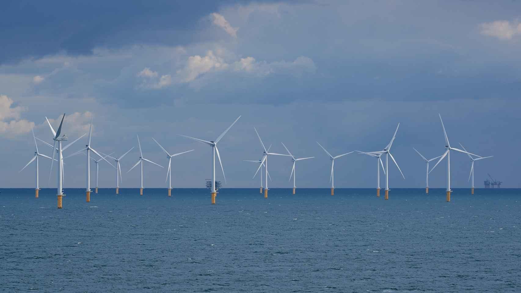 Naturgy abre la puerta a instalar un proyecto piloto de eólica marina en España