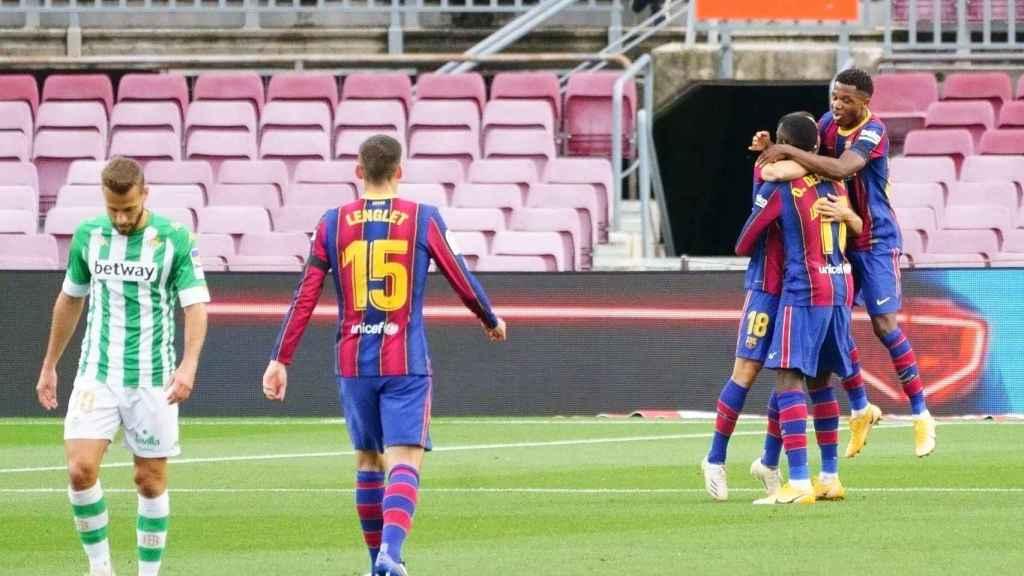 El Barça celebra un gol de Dembélé