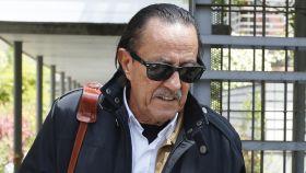 Julián Muñoz ha impedido a los reporteros acercarse a él.