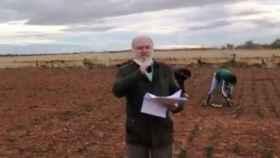 César Lumbreras ha empezado así su programa de este sábado en la Cope, en los campos de la Mancha toledana