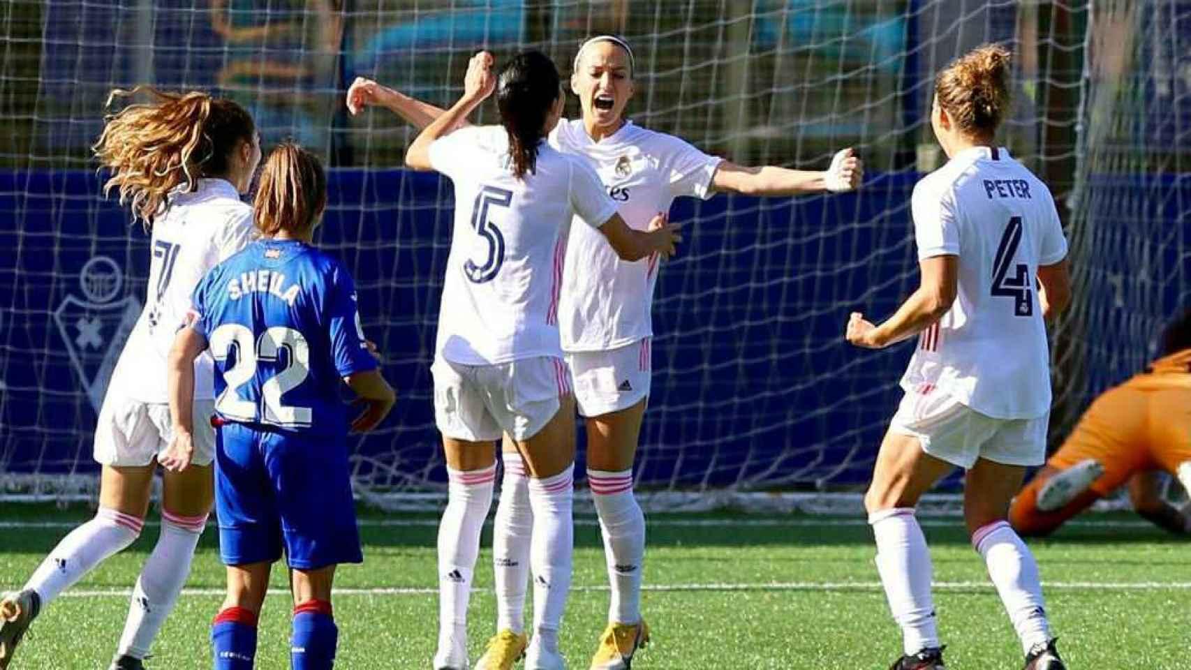 Kosovare Asllani celebra su segundo gol ante el Eibar en la Primera Iberdrola